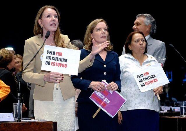 Após caso de estupro coletivo no Rio, Senado aprova aumento de pena