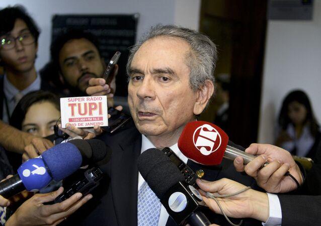 Presidente da Comissão do Impeachment, senador Raimundo Lira mantém prazo de 15 dias para defesa de Dilma