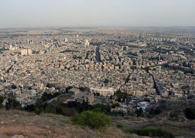 Vista de Damasco, capital da Síria, a partir da montanha Qasioun (arquivo)