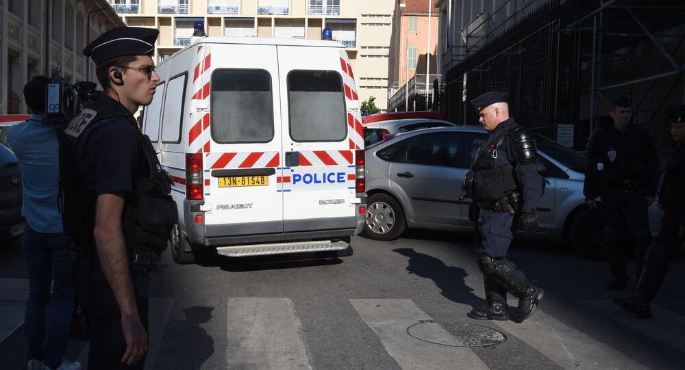 Polícia francesa em Lila