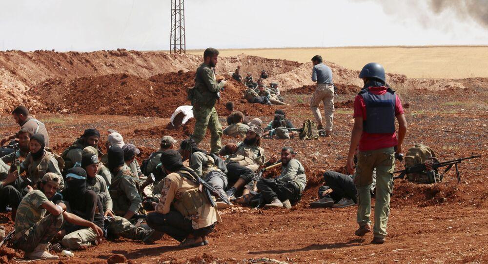 Membros da Jaysh al-Islam, grupo rebelde sírio