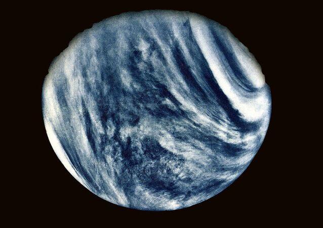 Foto de Vênus feita pela sonda planetária Mariner 10