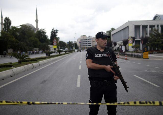 Policial turco