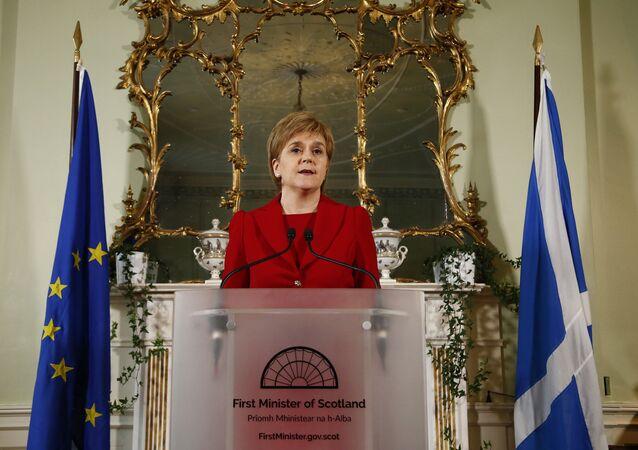 A primeira-ministra de Escócia Nicola Sturgeon