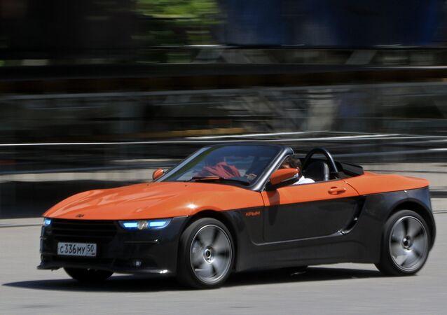 O carro conversível Crimeia