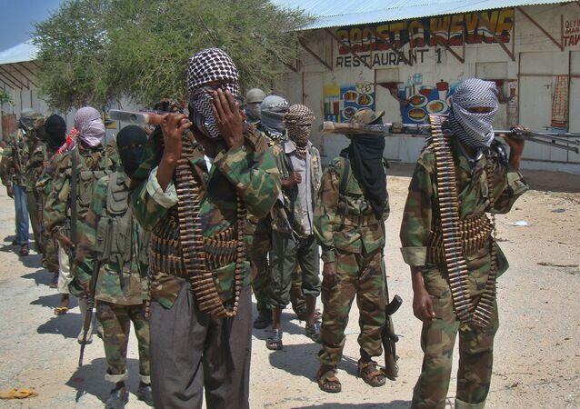 Combatentes do al-Shabaab, em Mogadíscio, Somália (arquivo)