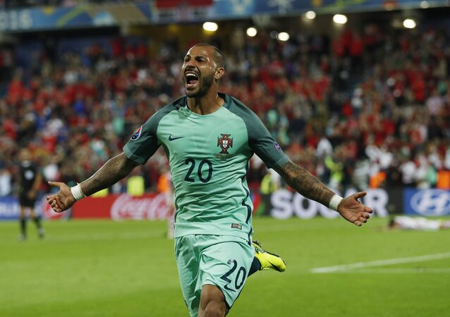 Ricardo Quaresma comemora gol de Portugal na Euro 2016