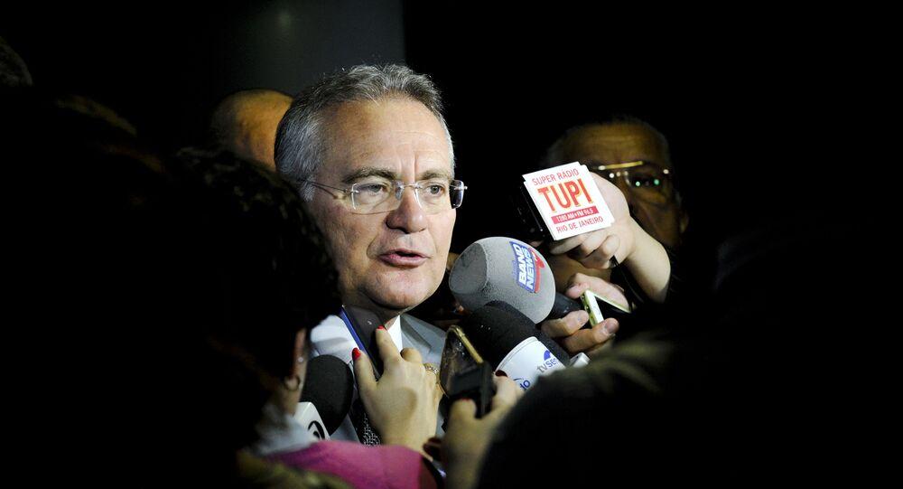 Renan Calheiros conversa com jornalistas em Brasília, em 29/06/16