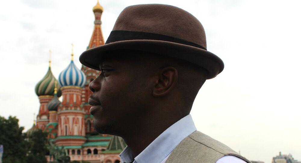 Leopold Tchape Sidjui, homem que gosta da vida na Rússia