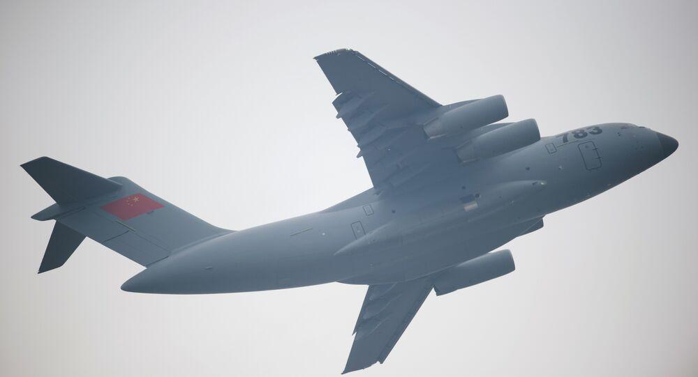 Avião chinês Y-20