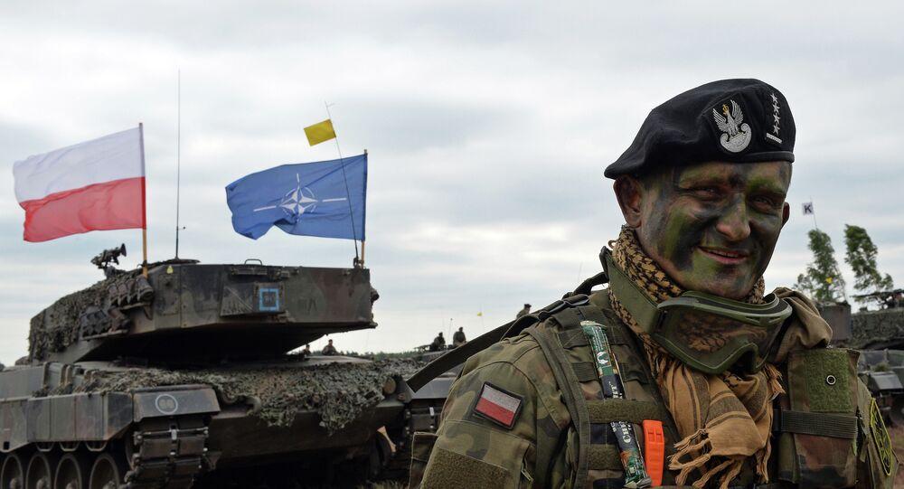 Soldado polonês após os exércicios militares das Forças da OTAN, 2015