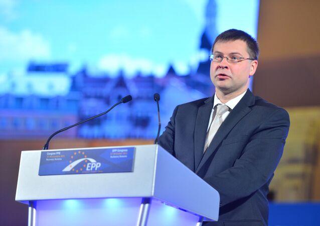 Valdis Dombrovskis durante um evento, foto de arquivo