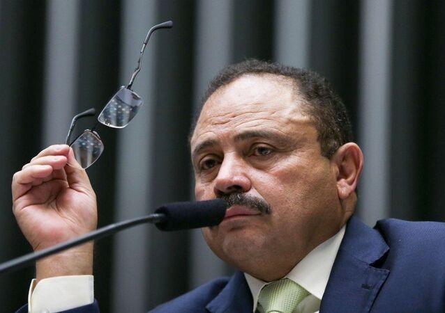 Waldir Maranhão bate o pé e reafirma eleição para presidência da Câmara no dia 14 de julho