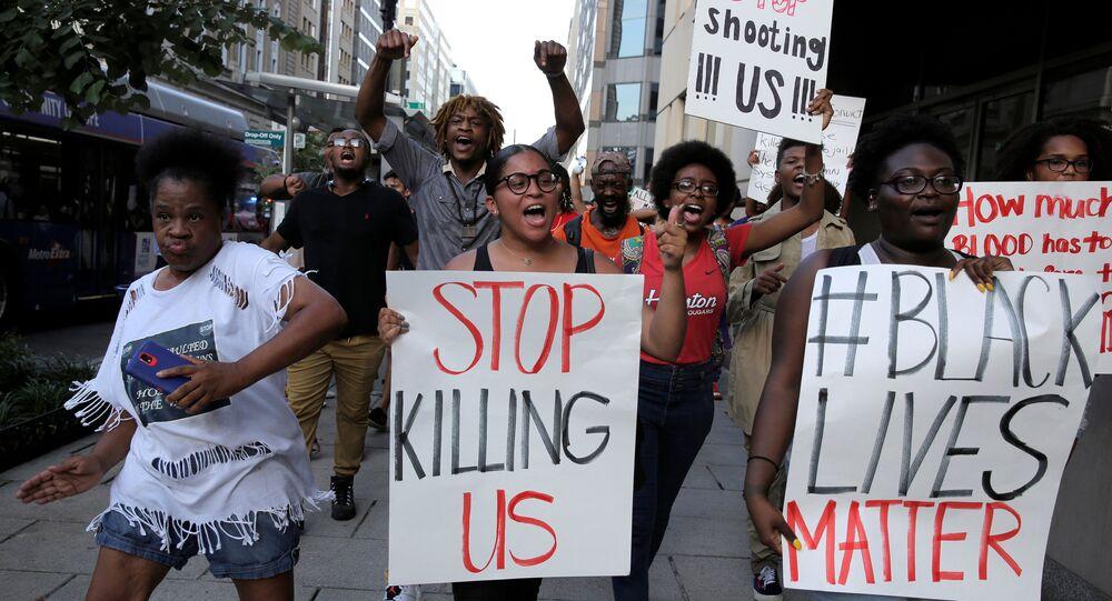 Manifestantes do movimento Black Lives Matter em Washington