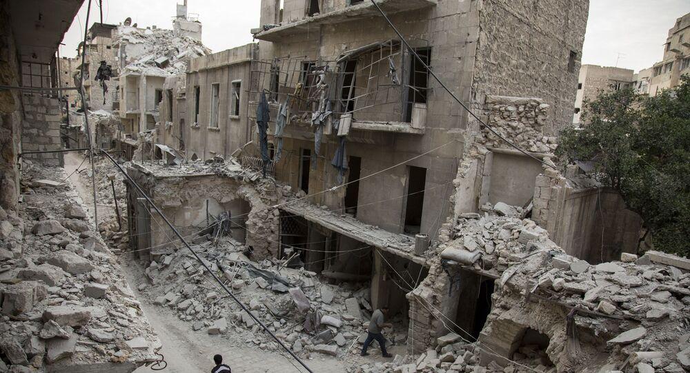 Cidade síria de Aleppo após bombardeamentos (arquivo)
