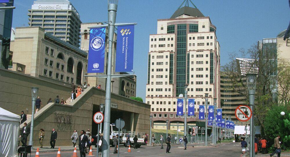 Incidente ocorreu nos arredores de Joanesburgo e teria como motivação disputa por liderança
