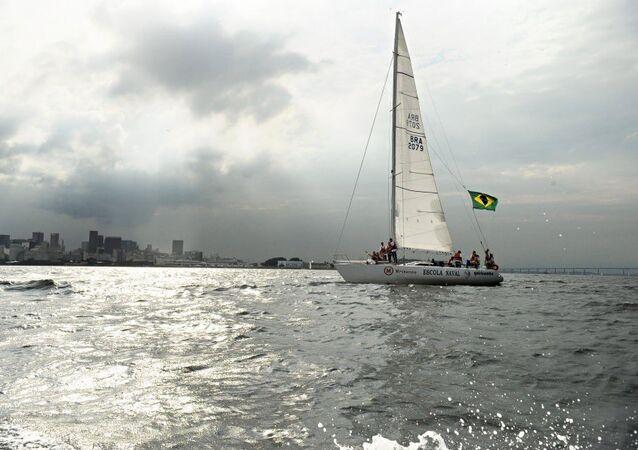 Poluição da Baía de Guanabara, pode comprometer as provas de vela nos Jogos Olímpicos do Rio 2016