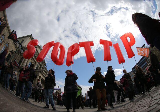 Manifestação contra TTIP na Alemanha, 23 de abril, 2016