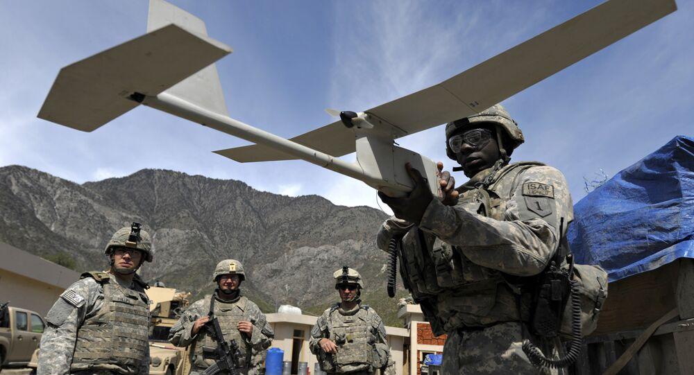 Teste da aeronave não tripulada RQ-11B Analog Raven Systems