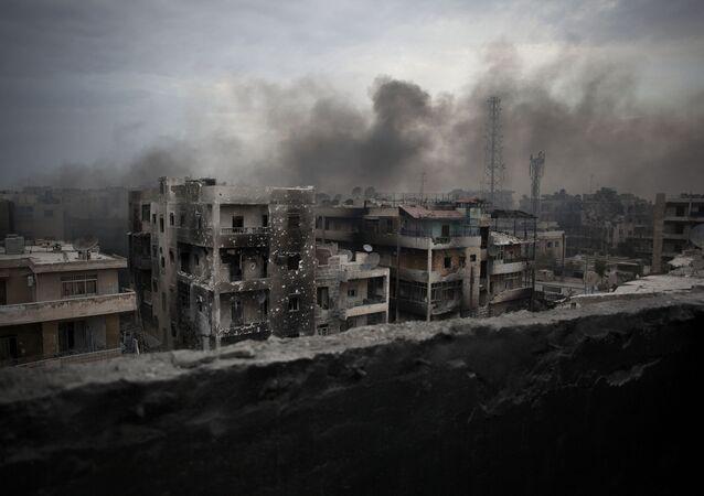 Consequências da guerra  no bairro Saif Al Dawla da cidade de Aleppo (Síria)