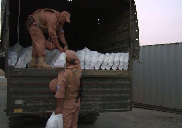 Caminhão de um comboio de ajuda humanitária enviado pela Rússia para a população de Aleppo (arquivo)