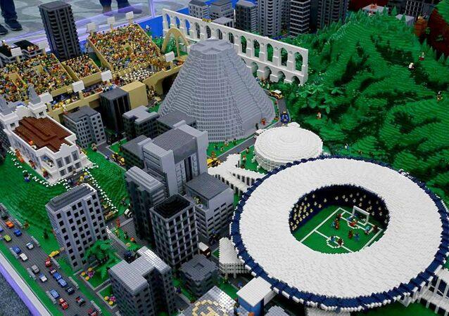 Maracanã, Maracanãzinho e pontos icônicos do Rio. Obra vai ficar em exposição no Boulevard Olímpico durante o período dos Jogos