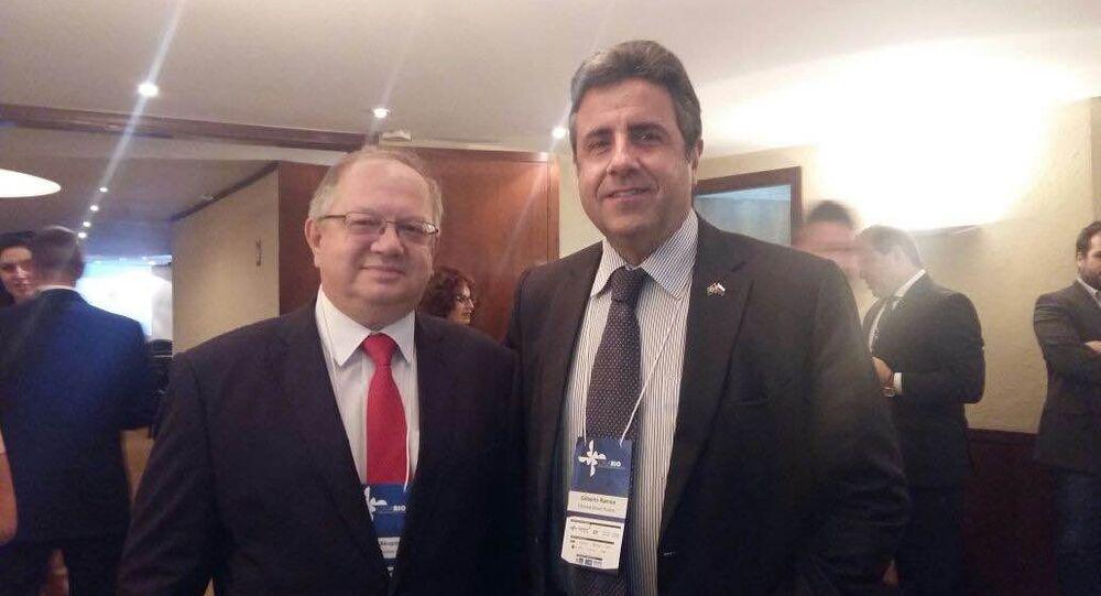Embaixador da Rússia no Brasil, Sergei Akopov, e presidente da Câmara Brasil-Rússia de Comércio Indústria e Turismo, Gilberto Ramos