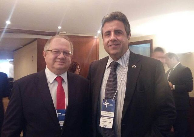 Embaixador da Rússia no Brasil, Sergei Akopov, e o presidente da Câmara Brasil-Rússia de Comércio Indústria e Turismo, Gilberto Ramos