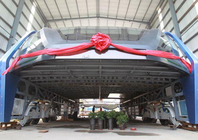Ônibus de Passagem Elevado TEB-1 da China