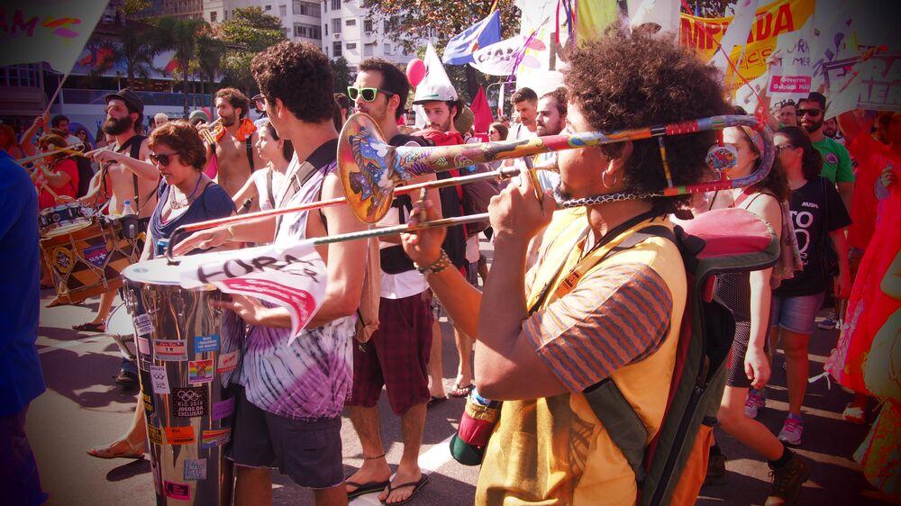 Ato contra Temer conta com a participação de músicos em Copacabana