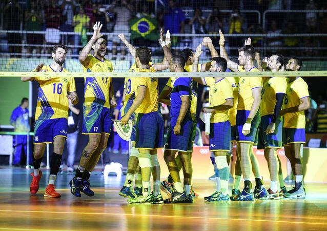 Apesar de susto, Brasil começou com vitória sua caminhada rumo ao título na Rio 2016