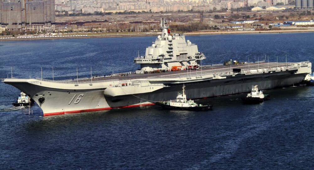 Novo porta-aviões chinês Liaoning