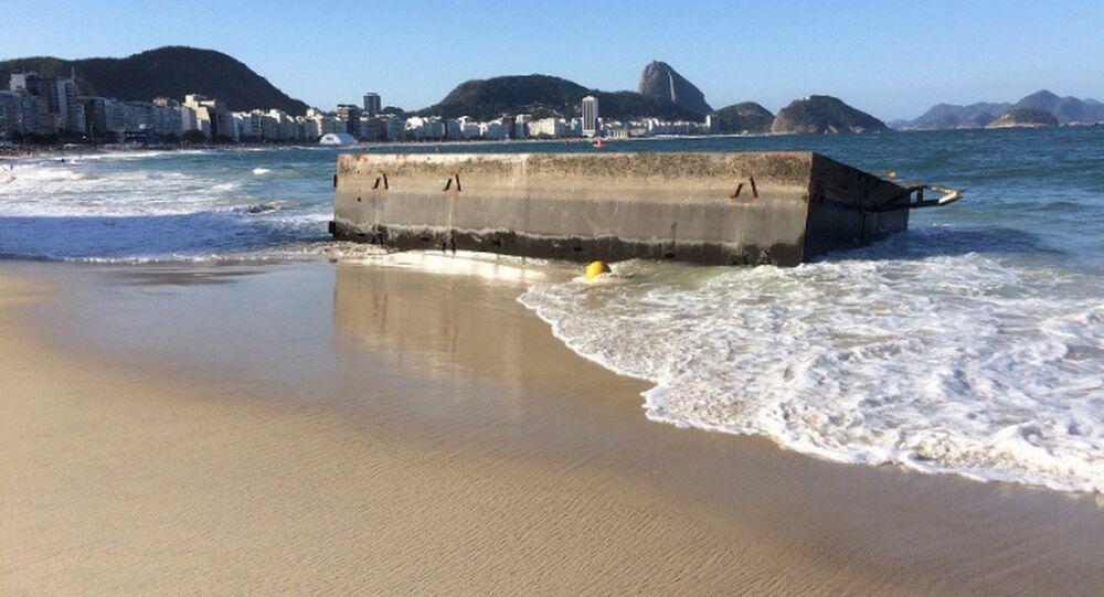 Ressaca no Rio destrói Plataforma de largada da maratona aquática da Rio 2016