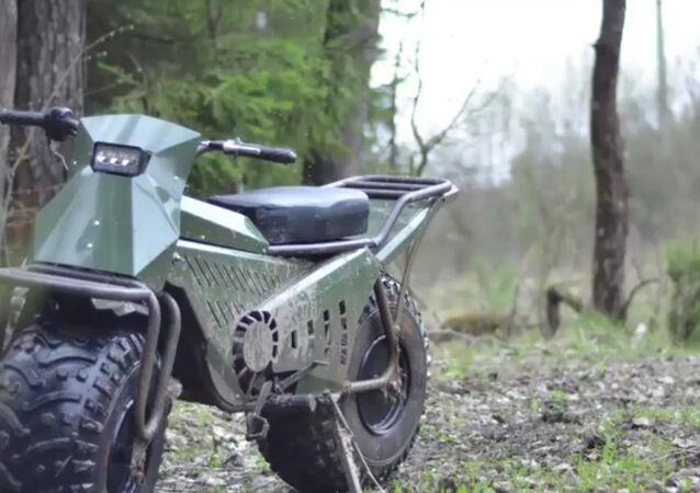 Moto russa Tarus 2x2