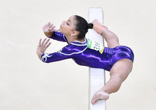 Flávia Saraiva, quinta colocada na trave na ginástica artística