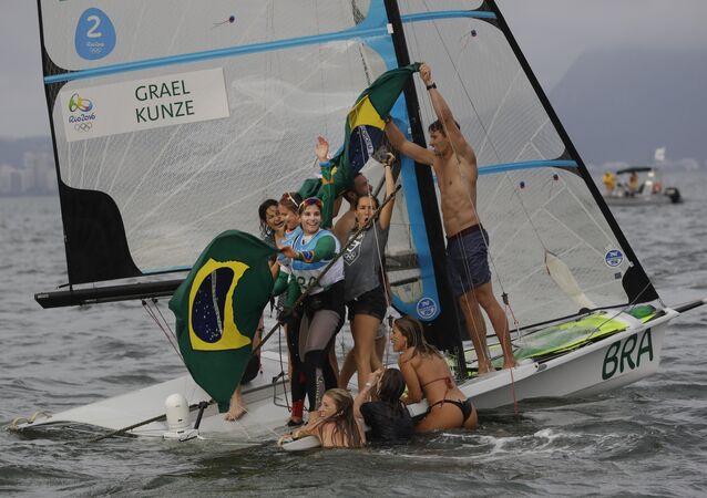 Brasileiras ganham ouro na vela