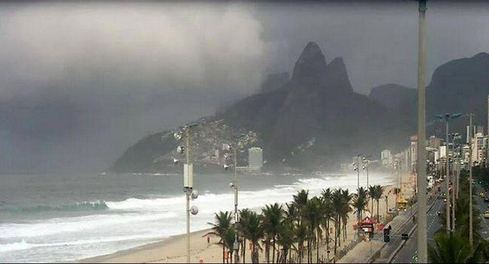 Após encerramento dos Jogos, segunda-feira (22) segue com chuva no Rio