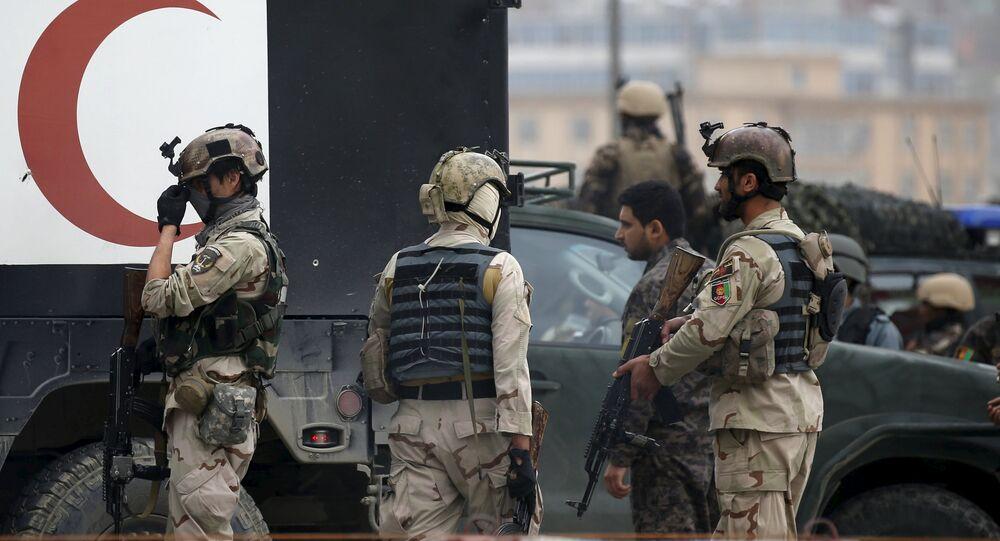 Forças afegãs após um ataque em Cabul