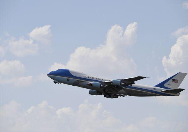 Avião comercial dos EUA