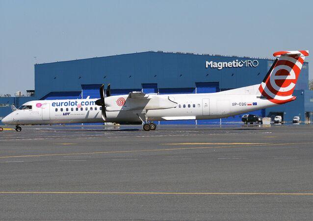 Bombardier Dash 8 da companhia polonesa LOT