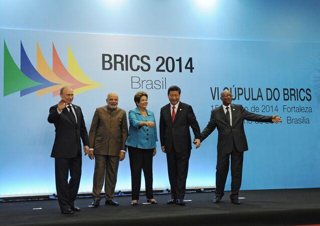 Líderes dos BRICS na sexta reunião de cúpula, realizada em Fortaleza nos dias 15 e 16 de julho de 2014