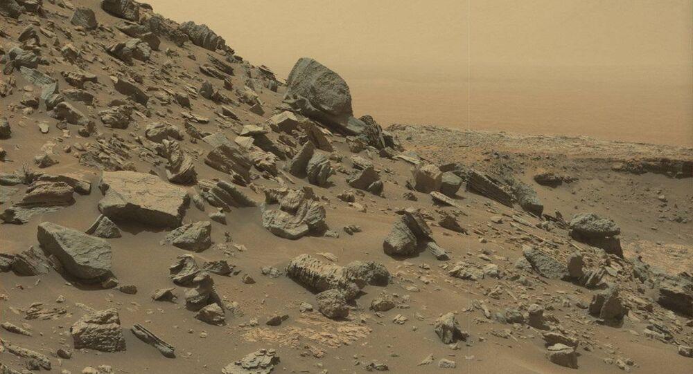 Foto da superfície de Marte tirada pela sonda Curiosity