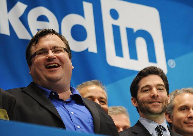 Reid Garrett Hoffman (esquerda), um dos fundadores do LinkedIn