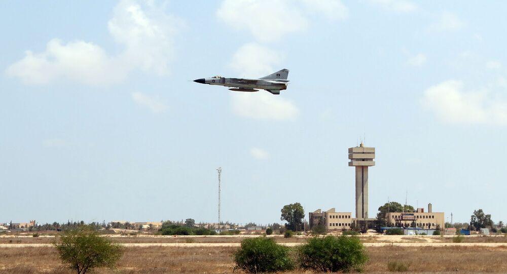 Caça MiG-23 da Força Aérea líbia, Líbia, 4 de setembro de 2016 (imagem de arquivo)