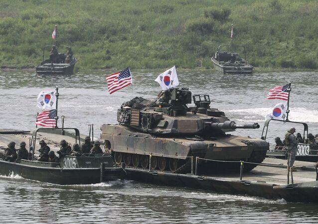 Tanque norte-americano na Coreia do Sul
