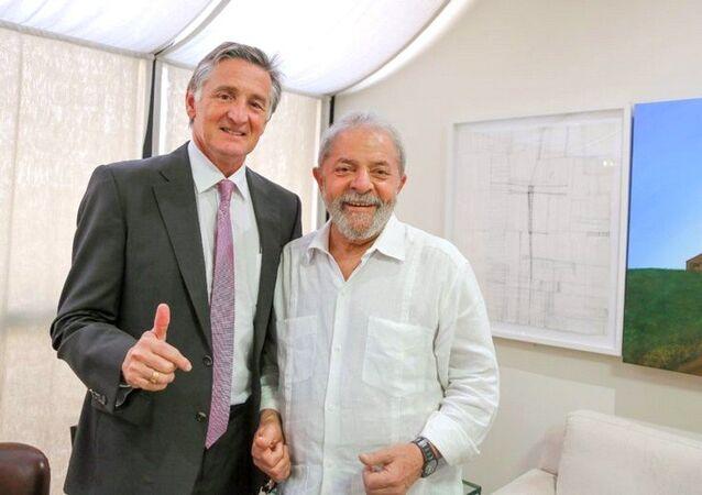 Ex-presidente Lula encontra-se com o secretário-geral da UNI Sindicato Global, Philip Jennings, em São Paulo