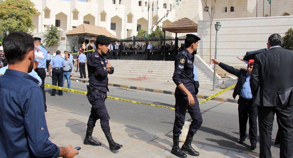 Polícia jordaniana nas ruas de Amã (arquivo)