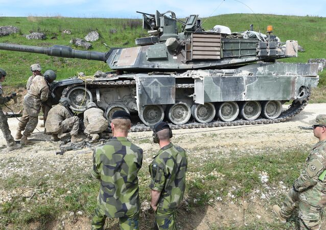Soldados norte-americanos durante exercícios em Grafenwoehr, sul da Alemanha, maio de 2016