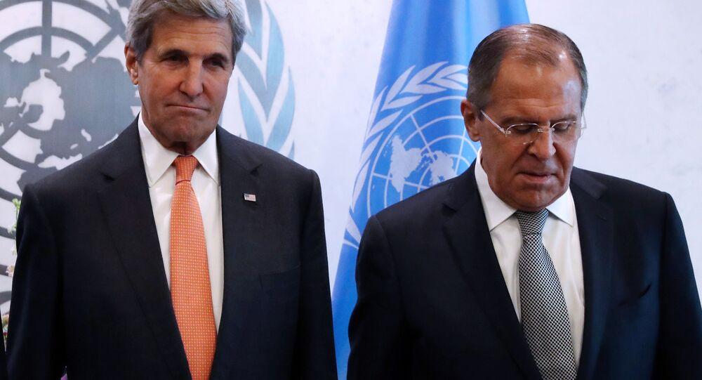 Secretário de Estado, John Kerry, e o ministro das Relações Exteriores da Rússia, Sergei Lavrov