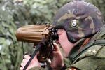 Soldado russo durante realização de exercícios táticos